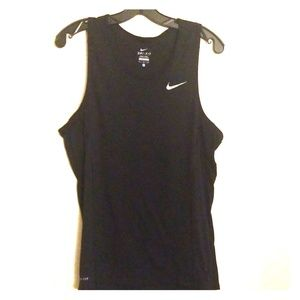 NIKE Active Dry Fit Muscle Tank